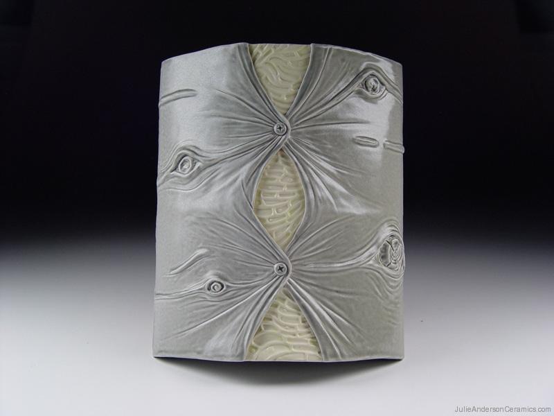 julie-anderson_structure-revealed-screws